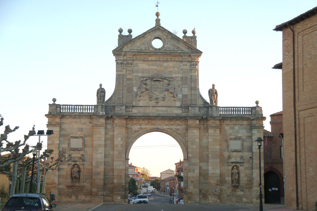Arco de San Benito Sahagún