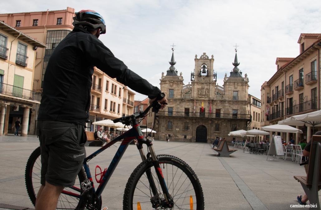 Camino de Santiago desde León- La primera etapa finaliza en Astorga
