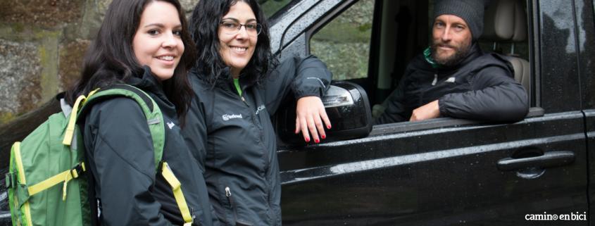 Camino de Santiago en bicicleta en grupo - guía y coche de apoyo