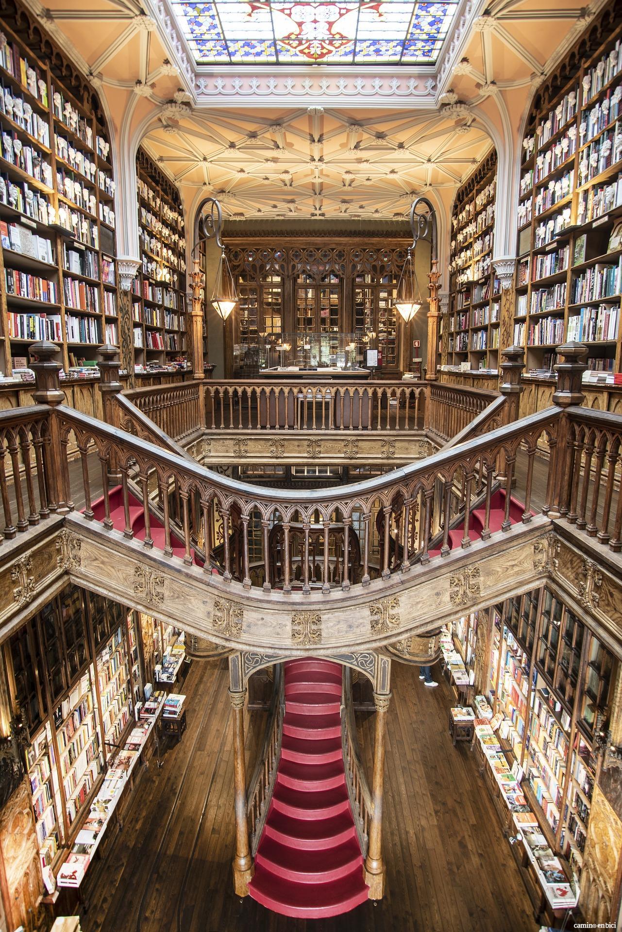 Oporto, ciudad de moda - Librería Lello e Irmao