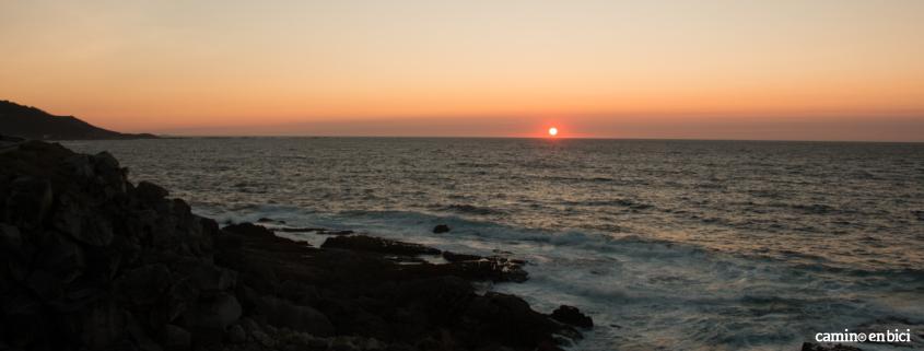 Camino Portugués por la Costa en Bici - Puesta de Sol Baiona