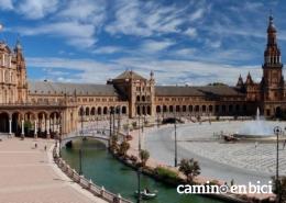 Orígenes de la Vía de la Plata: Sevilla, tu punto de inicio