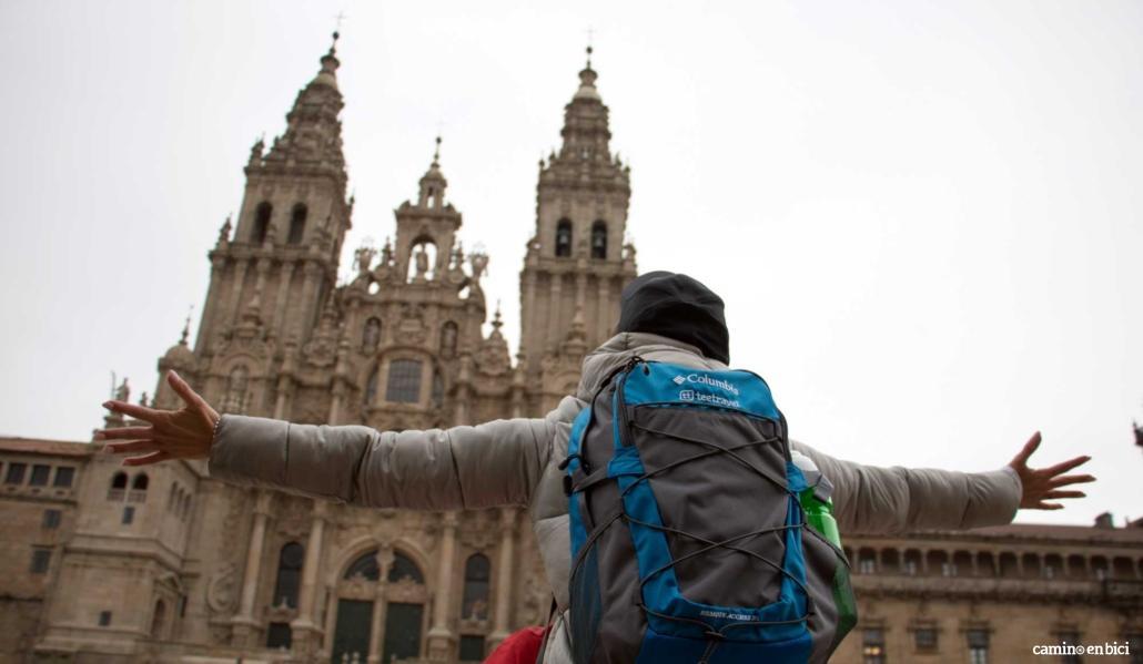 Que llevar en tu equipaje para el Camino de Santiago - Mochila Tee Travel